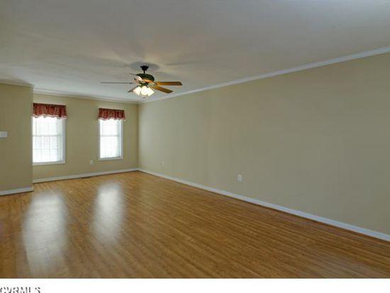 8121 Solitude Ln, Mechanicsville, VA 23111