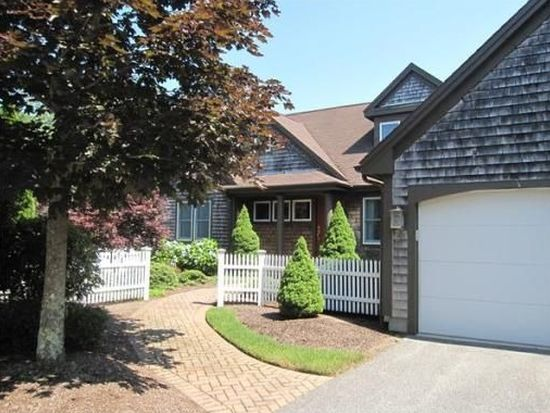20 Forest Edge, Plymouth, MA 02360