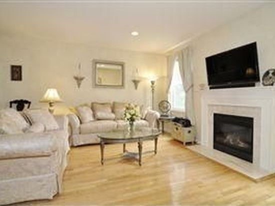 505 Coventry Dr, Nutley, NJ 07110