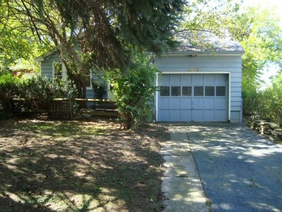 4892 E 84th St, Garfield Heights, OH 44125