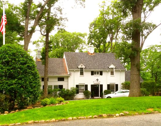 6 Fellscrest Rd, Essex Fells, NJ 07021