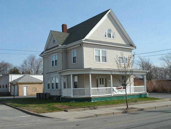 316 Walcott St, Pawtucket, RI 02860