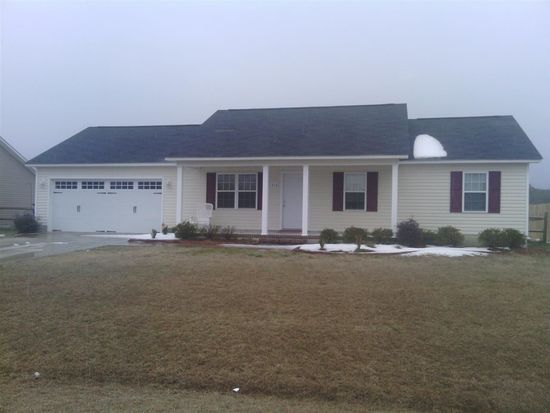 219 Wingspread Ln, Beulaville, NC 28518