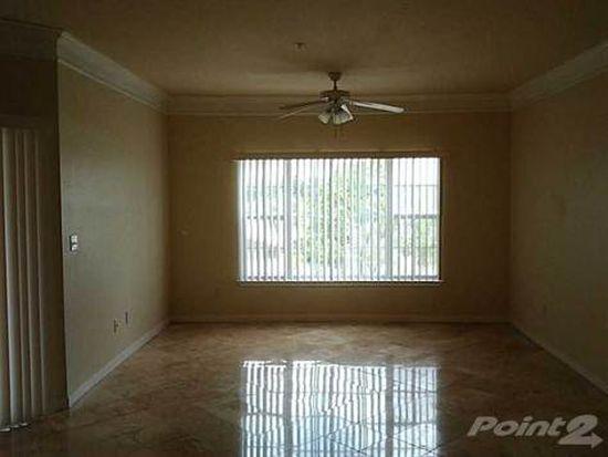 4343 Bayside Village Dr APT 301, Tampa, FL 33615