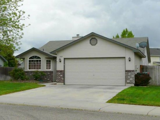 1459 E Cougar Creek Dr, Meridian, ID 83646