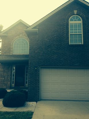 104 Teakwood Ct, Winchester, KY 40391