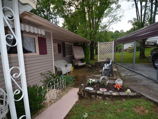 121 Johnson Rd, Oak Ridge, TN 37830