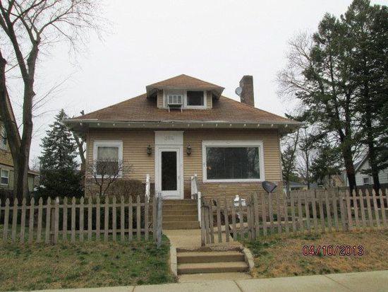 384 Lovell St, Elgin, IL 60120
