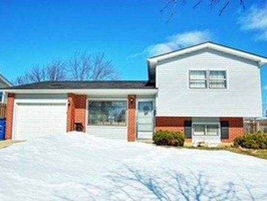 706 Terry Rd, Glendale Heights, IL 60139