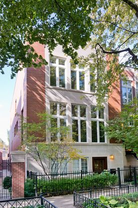 2630 N Greenview Ave, Chicago, IL 60614