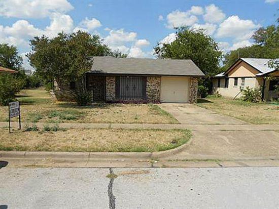 734 Tuskegee St, Grand Prairie, TX 75051
