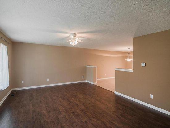 2880 Maple St, Grove City, OH 43123