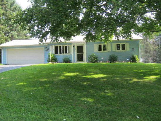 343 Bell Dr, Saegertown, PA 16433