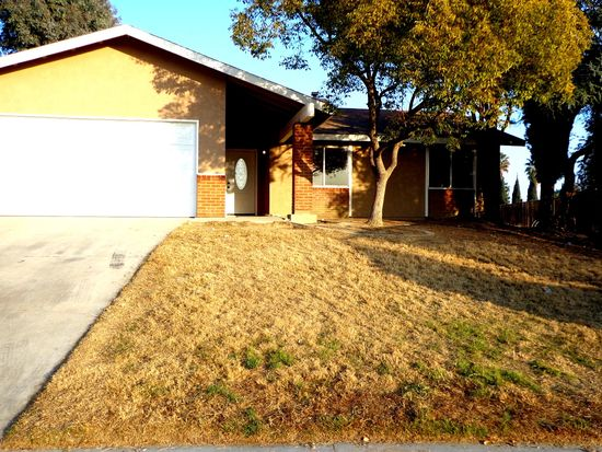 5516 Dolfield Ave, Bakersfield, CA 93304