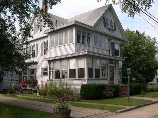 30 Leonard St, Rochester, NH 03867