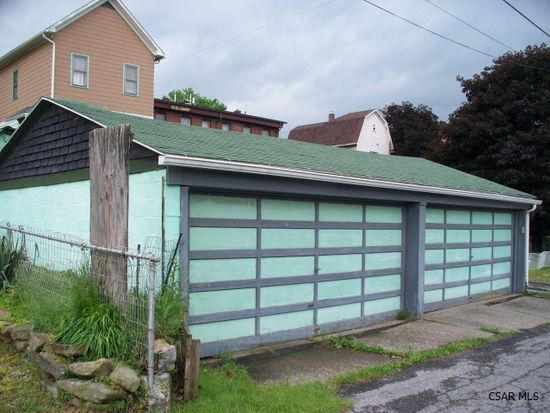 1220 Virginia Ave, Johnstown, PA 15906