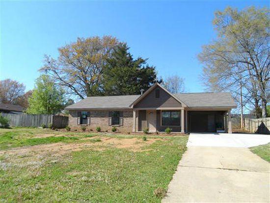 2420 Holmes St, Tupelo, MS 38801