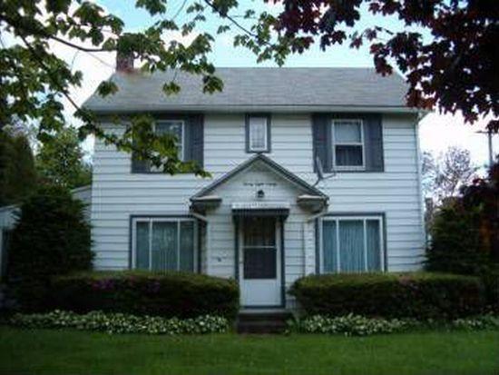 2890 Mercer Rd, New Castle, PA 16105
