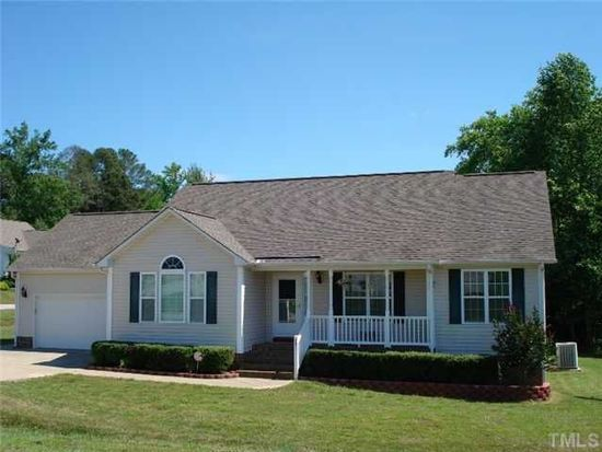 231 Old English Ct, Smithfield, NC 27577