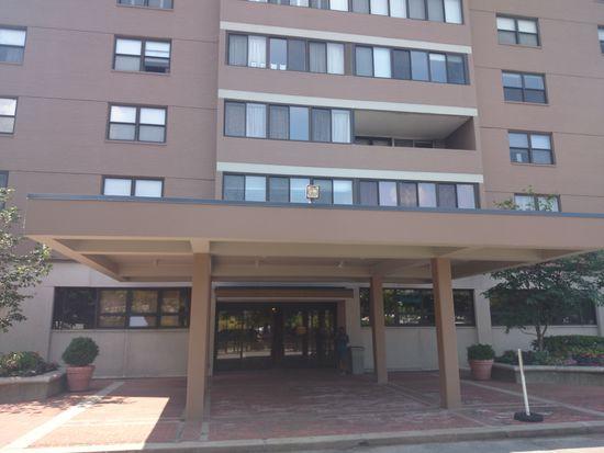 8 Whittier Pl APT 3K, Boston, MA 02114
