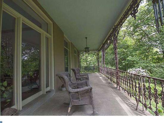 424 W Waverly Rd, Glenside, PA 19038