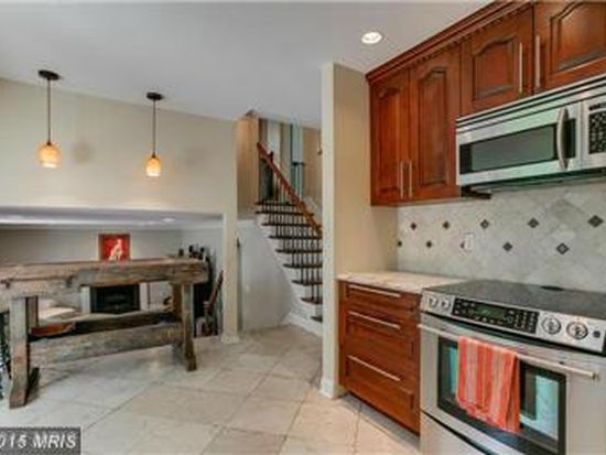 18640 Shady View Ln, Brookeville, MD 20833