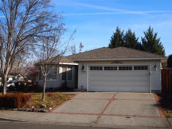 3180 Cheltenham Way, Medford, OR 97504