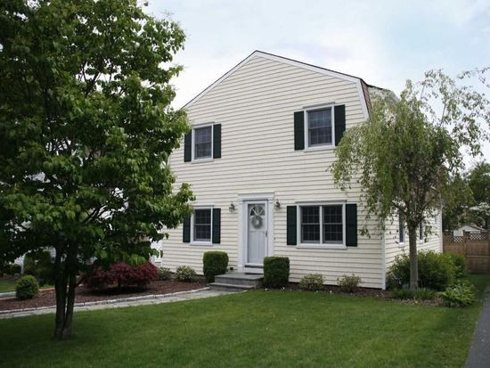 19 Cherry St, Darien, CT 06820