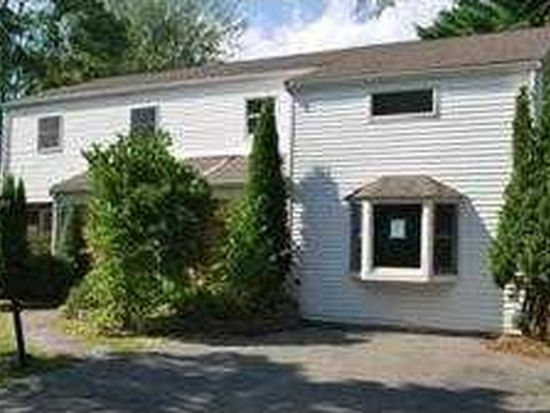 11 Hoover Ave, Peabody, MA 01960