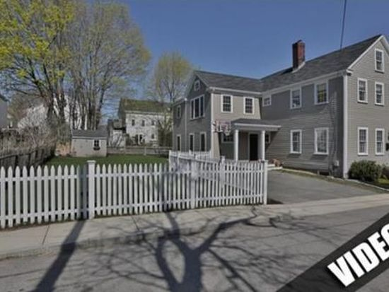 10 Salem St, Newburyport, MA 01950