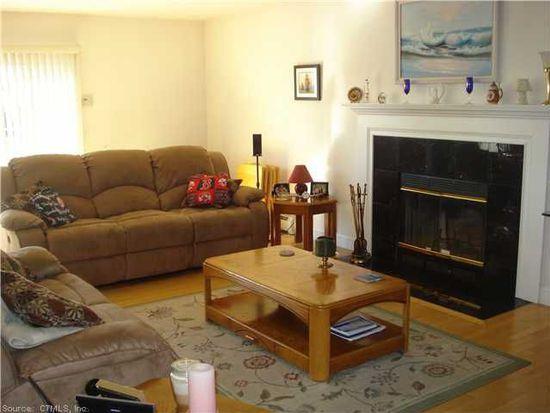 192 Noank Ledyard Rd, Mystic, CT 06355