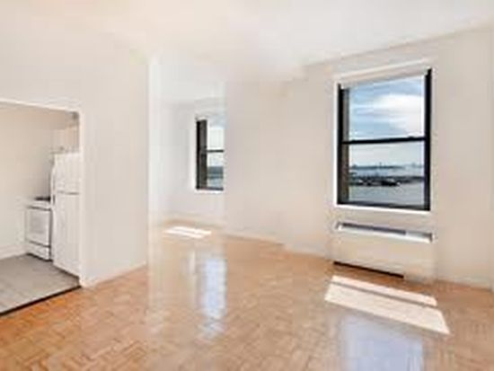 1 West St APT 2720, New York, NY 10004