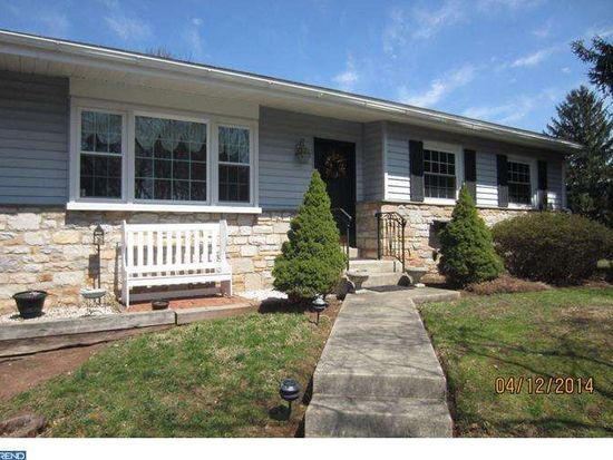 101 Dolly Ln, Chalfont, PA 18914