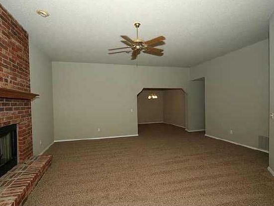 3317 W Fort Worth St, Broken Arrow, OK 74012