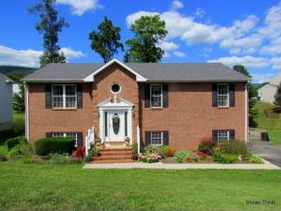 4727 Great Glen Dr, Salem, VA 24153