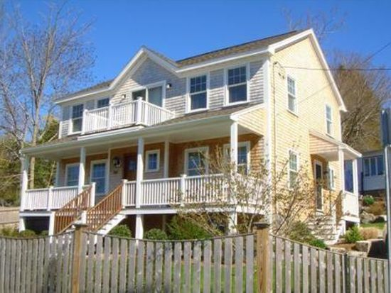 1097 Washington St, Gloucester, MA 01930
