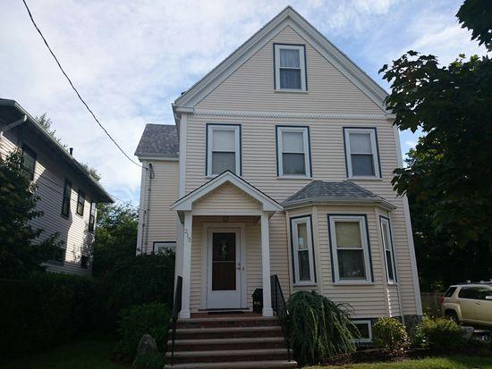 215 Manthorne Rd, Boston, MA 02132