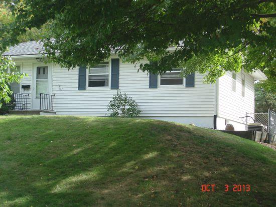 1397 40th St NE, Cedar Rapids, IA 52402