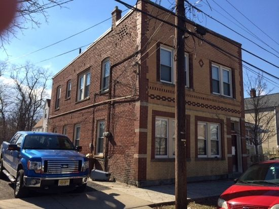 132 Willow St, Bloomfield, NJ 07003