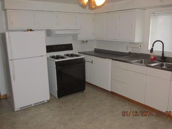 574 7th Street Ext, New Kensington, PA 15068