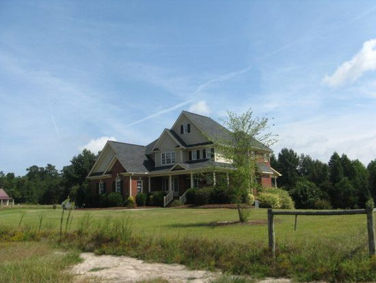 475 Penny Rd, Angier, NC 27501