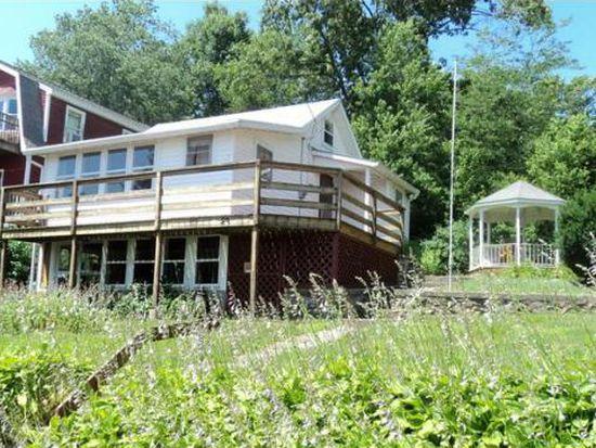 29 Cottage Colony, Douglas, MA 01516