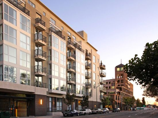 Domain Oakland, One Bedroom/One and One Half Bath