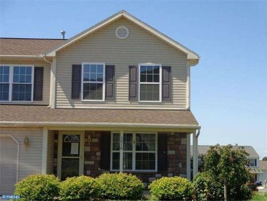 2810 Mannerchor Rd, Temple, PA 19560