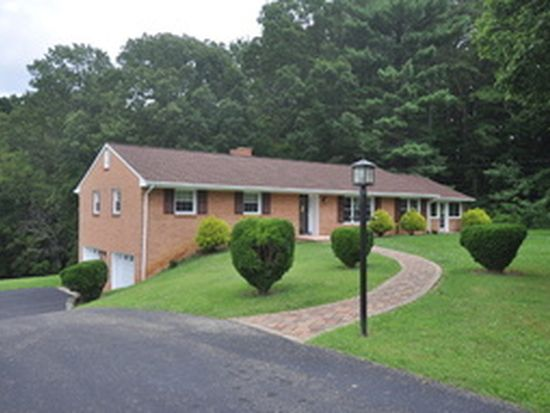 5638 Ingleside Dr, Roanoke, VA 24018