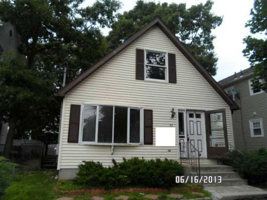 41 Wealth Ave, Providence, RI 02908