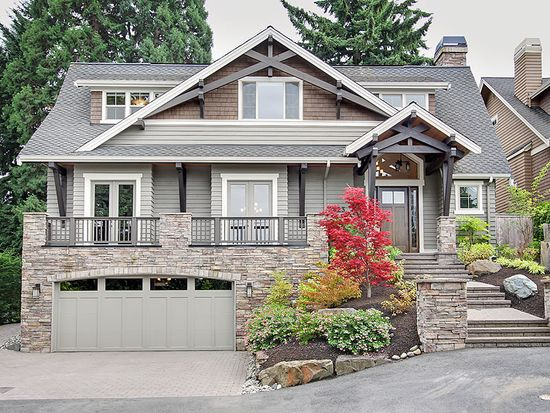 9823 NE 30th St, Bellevue, WA 98004