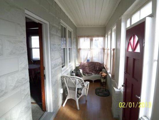 93 Edgewood Ave, Methuen, MA 01844