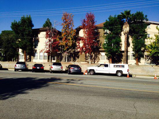 2935 Montrose Ave APT 302, Glendale, CA 91214