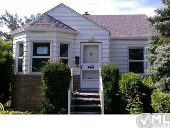 20624 Washtenaw St, Harper Woods, MI 48225